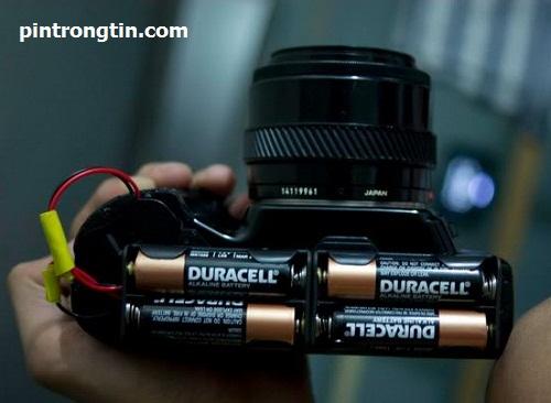Máy ảnh dùng pin duracell