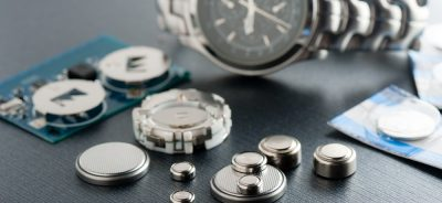 giá pin đồng hồ đeo tay