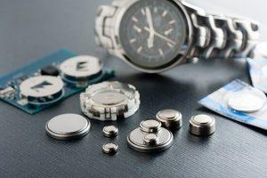 cách thay pin đồng hồ